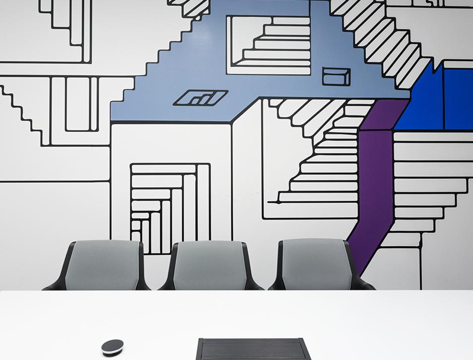 עיצוב משרדים | מיתוג גרפי | סטודיו לוקה| חברת IBM | עיצוב תעשיתי | עיצוב מוצר | עיצוב גרפי במרחב | מיתוג משרדים | עיצוב חללי עבודה | עיצוב קירות | עיצוב משרדים | מיתוג גרפי