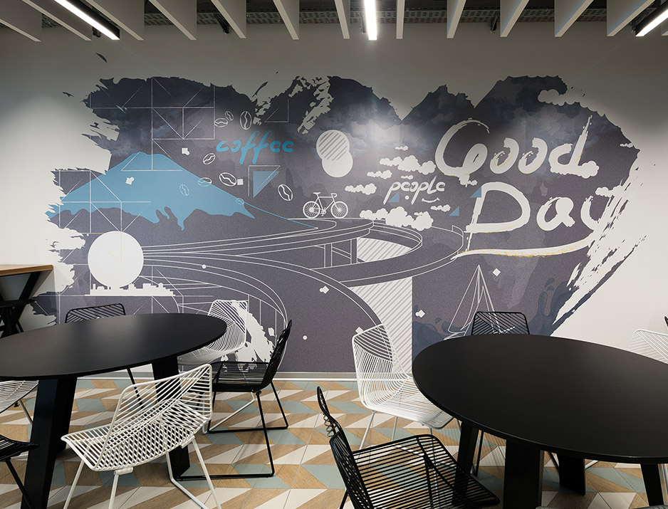 עיצוב משרדים | מיתוג גרפי | סטודיו לוקה| חברת Terasky | עיצוב תעשיתי | עיצוב מוצר | עיצוב גרפי במרחב | מיתוג משרדים | עיצוב חללי עבודה | עיצוב קירות | עיצוב משרדים | מיתוג גרפי