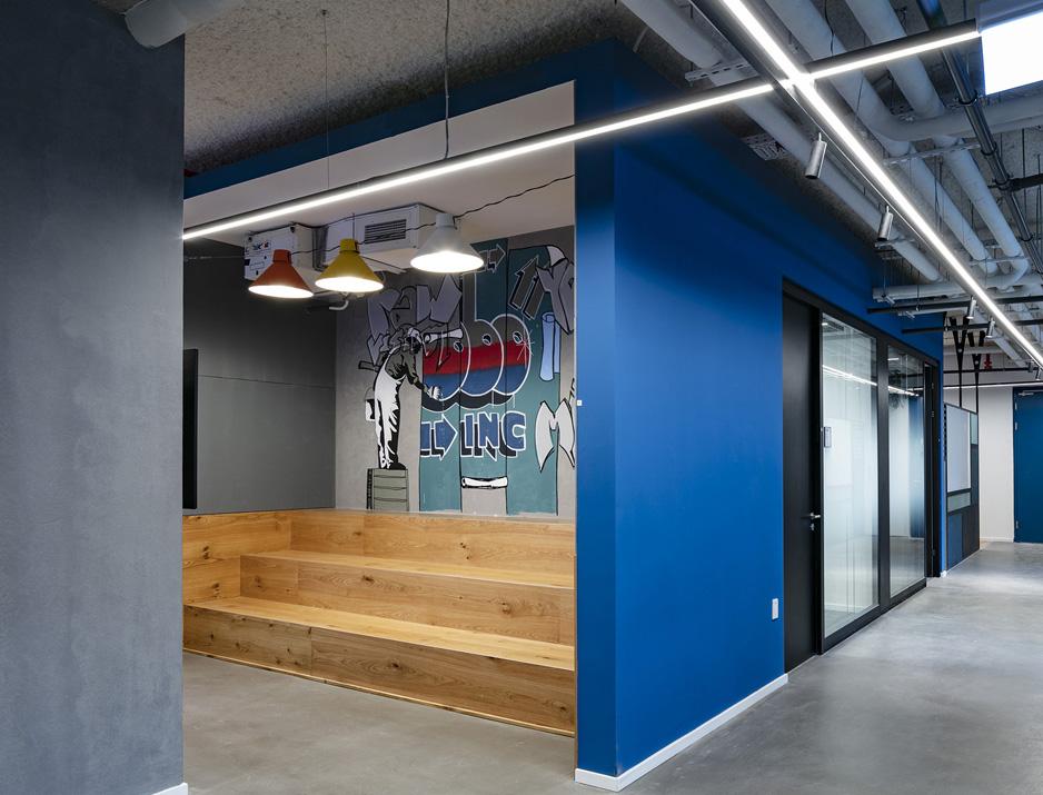 עיצוב משרדים | מיתוג גרפי | חברת ורוניס | גרפיטי | עיצוב גרפי במרחב | מיתוג משרדים | עיצוב חללי עבודה | עיצוב קירות