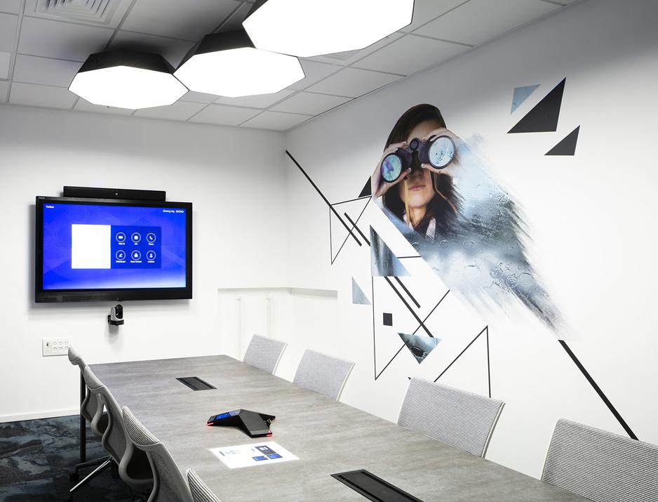 עיצוב משרדים | מיתוג גרפי | חברת ורוניס | עיצוב גרפי במרחב | מיתוג משרדים | עיצוב חללי עבודה | עיצוב קירות