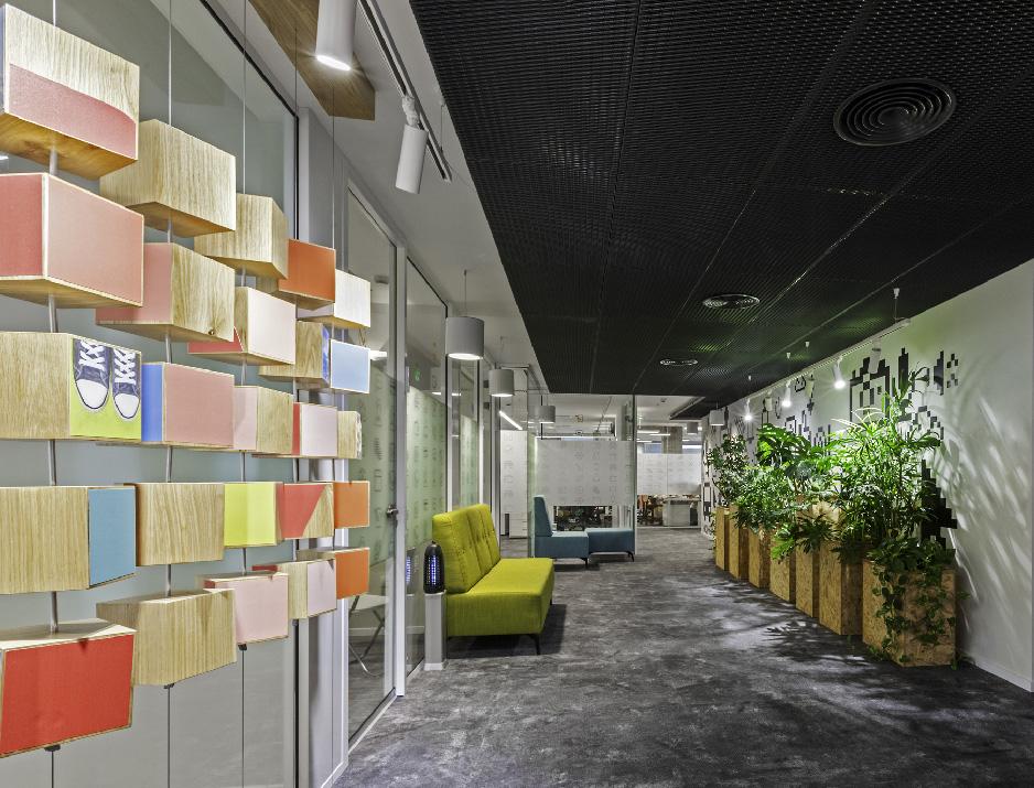 עיצוב משרדים | מיתוג גרפי | חברת מימון ישיר | עיצוב מוצר | עיצוב תעשיתי | עיצוב גרפי במרחב | מיתוג משרדים | עיצוב חללי עבודה | עיצוב קירות