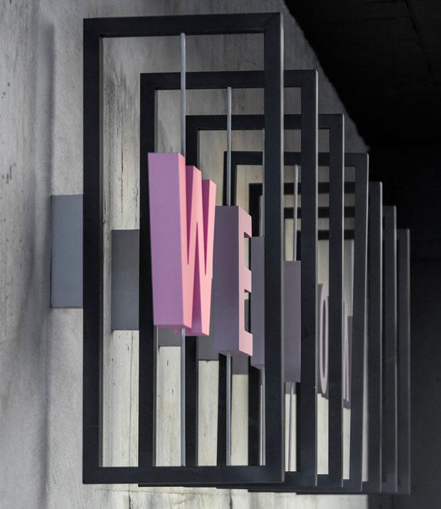 עיצוב משרדים/ מיתוג גרפי/ חברת צ'ק פוינט/ עיצוב גרפי במרחב/ מיתוג משרדים/ עיצוב חללי עבודה/שילוט