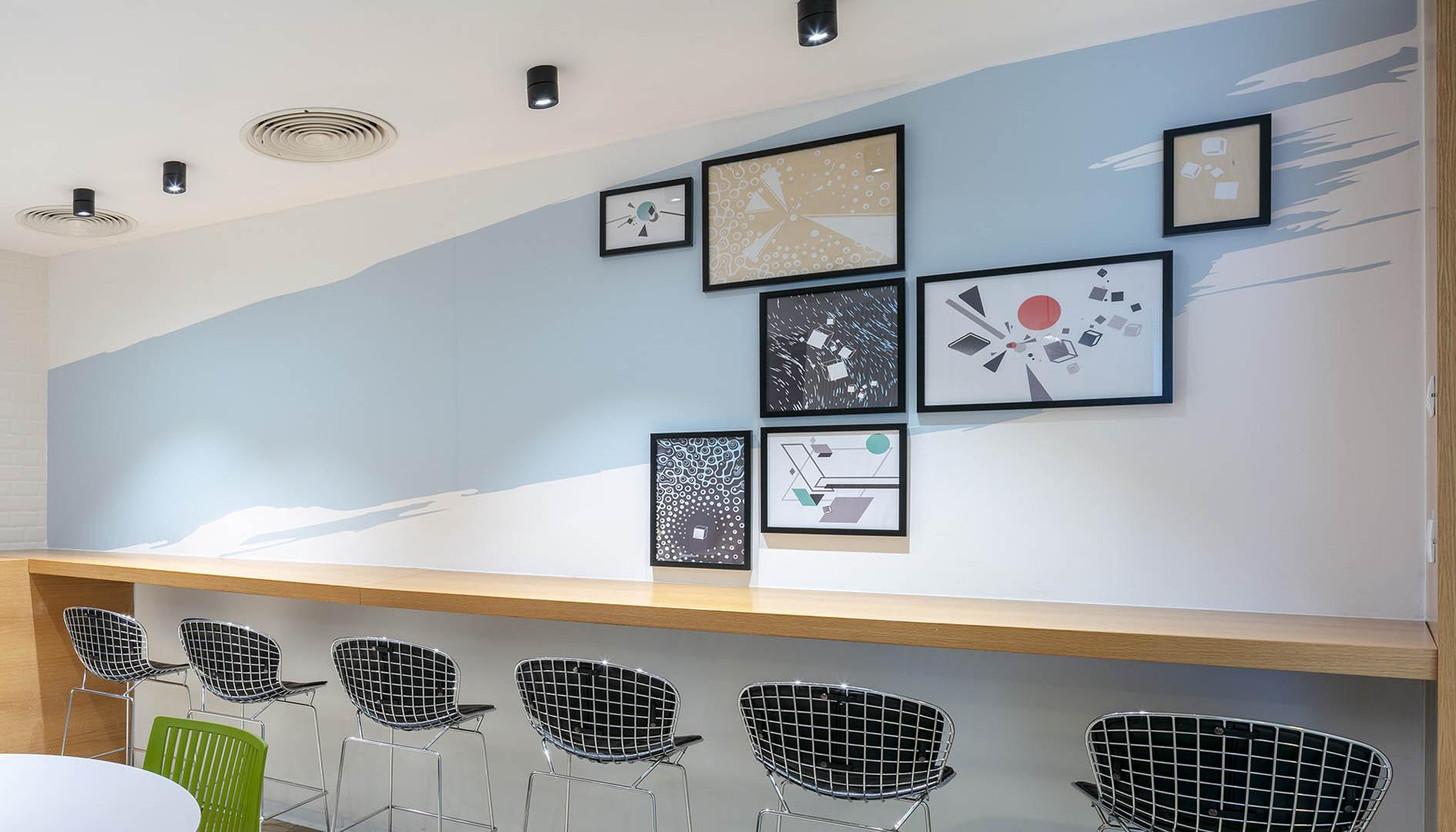עיצוב משרדים | מיתוג גרפי | חברת אנסילו | עיצוב תעשיתי | עיצוב מוצר | עיצוב גרפי במרחב | מיתוג משרדים | עיצוב חללי עבודה | עיצוב קירות | עיצוב משרדים | מיתוג גרפי